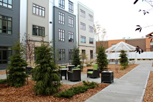 AgeCare Walden Heights Courtyard